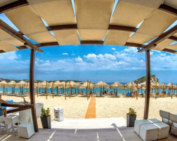 Beach bars and cafes in Sithonia